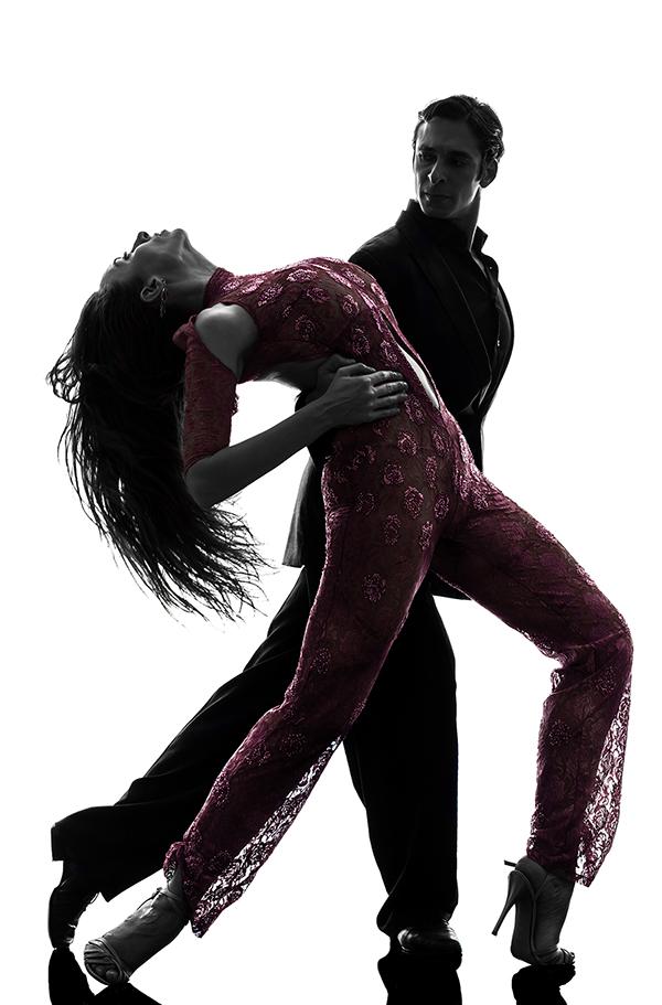 Танцы при сколиозе могут быть под запретом